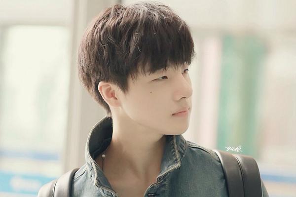 ผลการค้นหารูปภาพสำหรับ จินฮวาน ikon